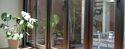 窓ガラス・サッシ・網戸